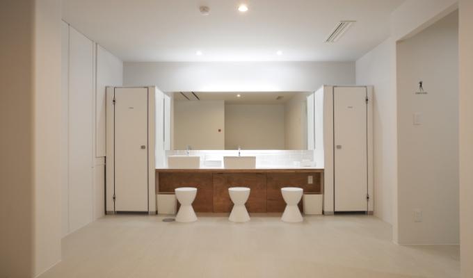 RETIO BODY DESIGN(レシオ・ボディ・デザイン)岡山市北区問屋町の24時間営業フィットネスジム女子更衣室